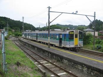 上総亀山駅6.JPG