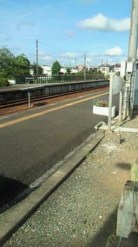 横田駅1.jpg